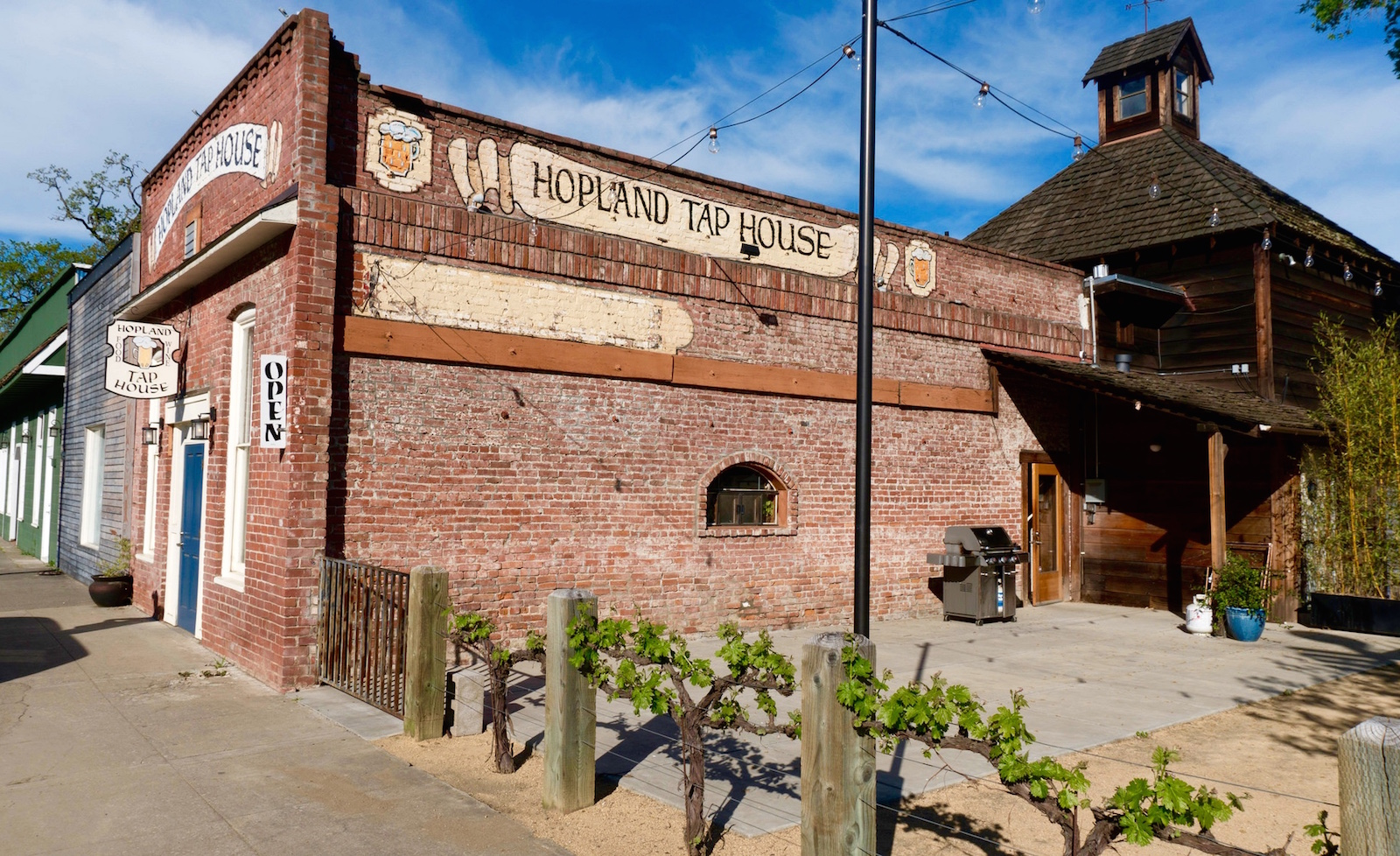Hopland, California