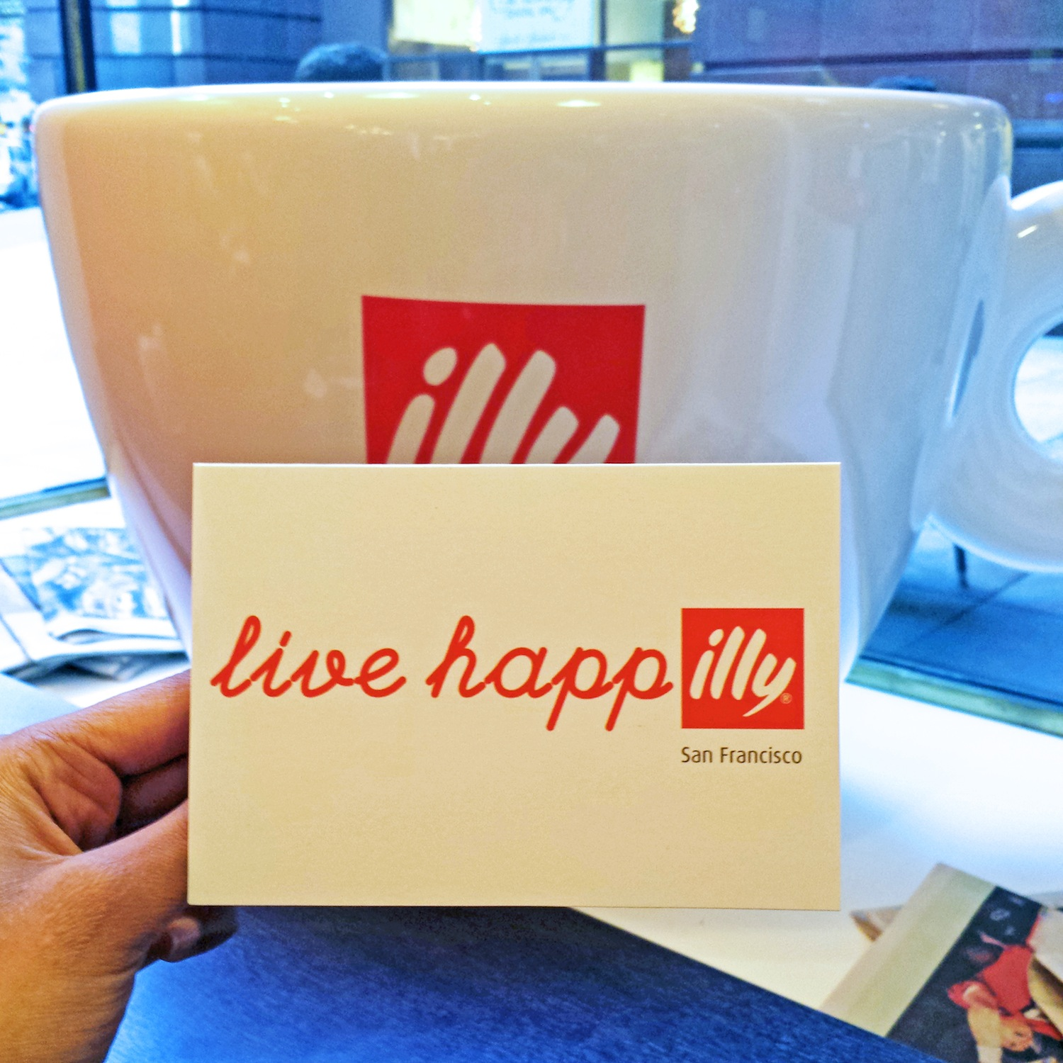 Illy Love happily