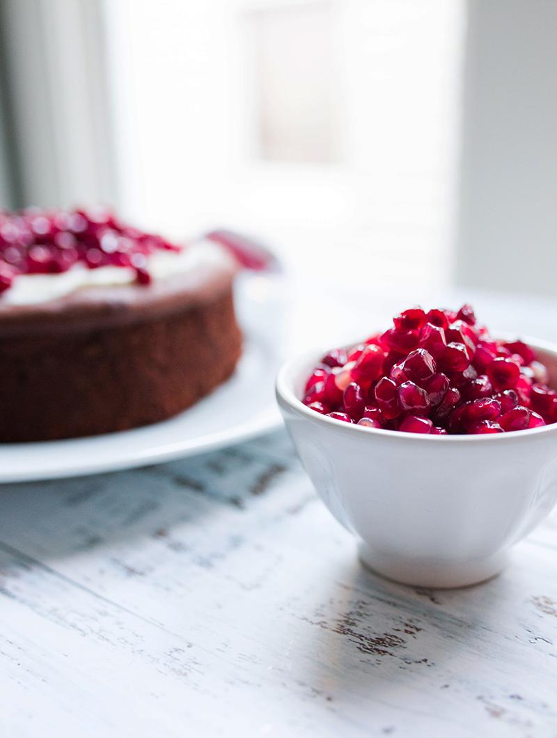 chocolate-souffle-cake-pomegranate