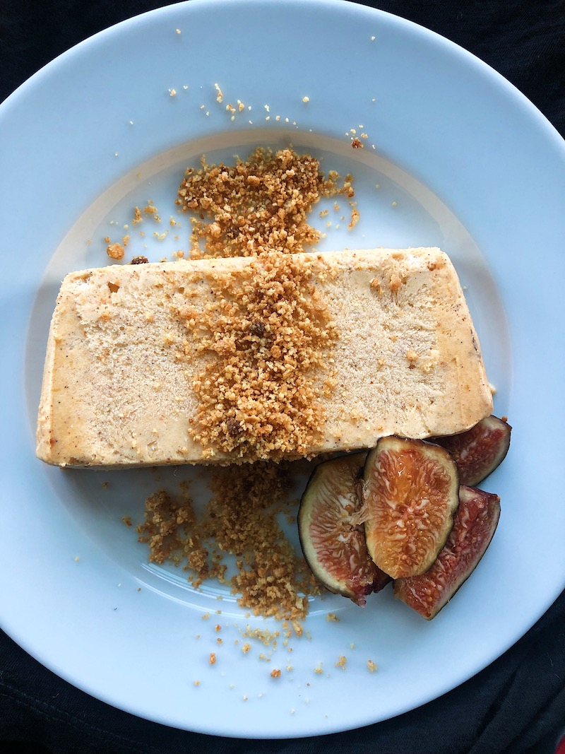 pumpkin spiced semifreddo sliced with streusel and figs