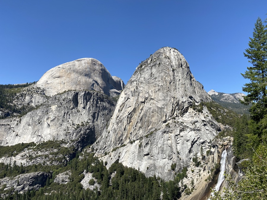 view from John Muir Trail when visiting Yosemite during covid